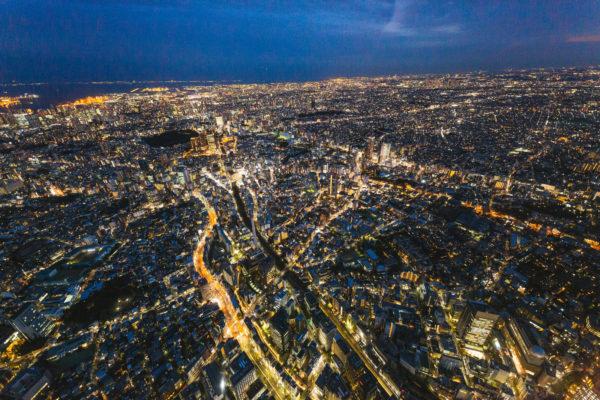 東京都心の夜景(ヘリコプターから空撮)